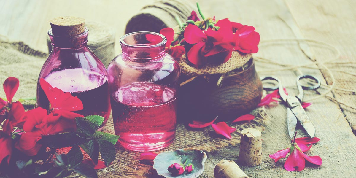 Καθαρά μεθυστικά αιθέρια έλαια, ενυδατικά και θρεπτικά λάδια βάσης και βούτυρα