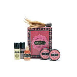 Kamasutra Strawberry Weekender Kit